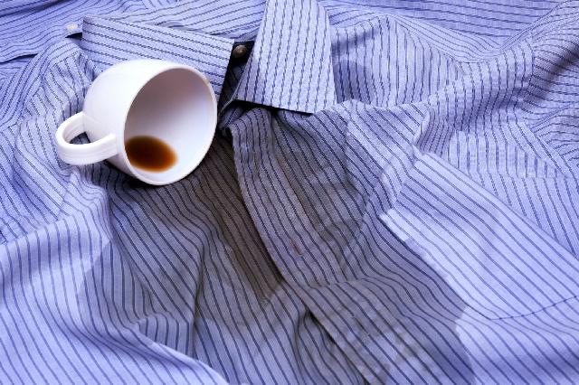 コーヒーのシミ抜き_衣類のシミ1