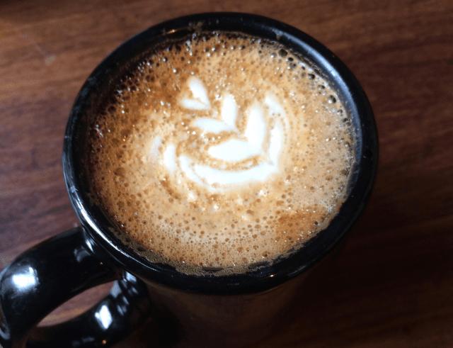 カフェ・ブレーヴェ