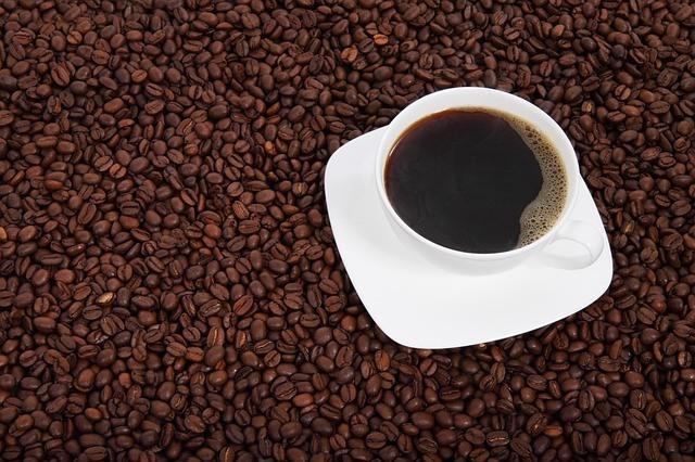 コーヒー(カフェイン)の飲みすぎによる健康への影響とは