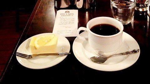 ローヤル珈琲店_コーヒーとケーキ
