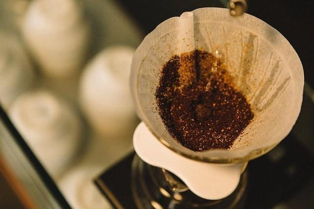 ペーパードリップ(扇形)式フィルターでのコーヒーの淹れ方のコツ