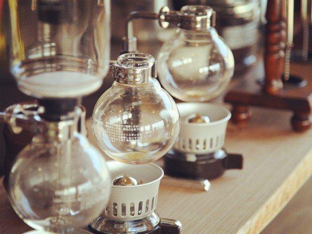 サイフォンでのコーヒーの淹れ方のコツ