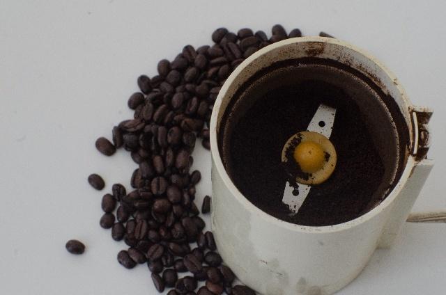 コーヒー豆の挽き方「機械挽き」の特徴