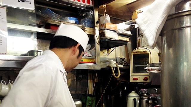 センリ軒_オープンキッチン
