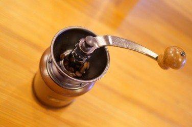 コーヒー豆の挽き方「臼歯式」の特徴