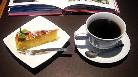帆季珈琲テラス_コーヒーとケーキ