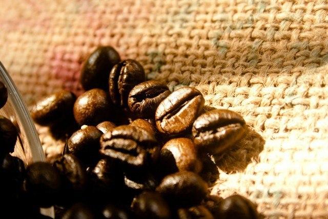 コーヒー生豆の手網焙煎のやり方