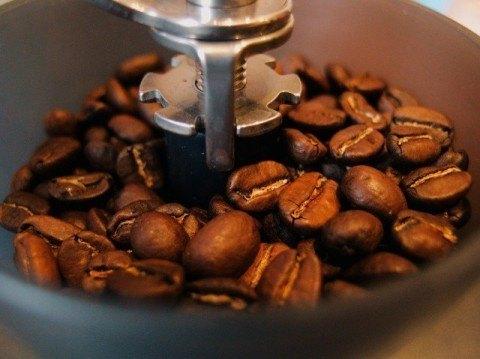 049-カフェインレスコーヒーのカフェイン除去法とは