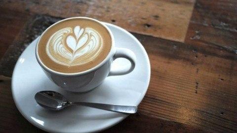ALL SEASONS COFFEE_latte