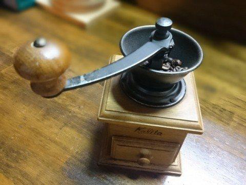 005-コーヒー豆の挽き方「手挽き」の特徴