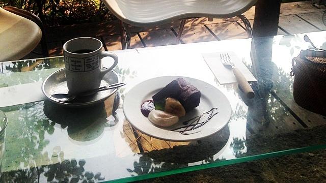 caféMozartAtelier_テーブル