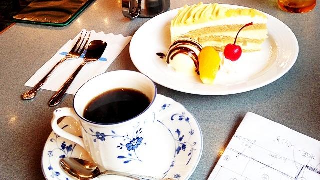 COFFEESHOPギャラン_コーヒーとケーキ