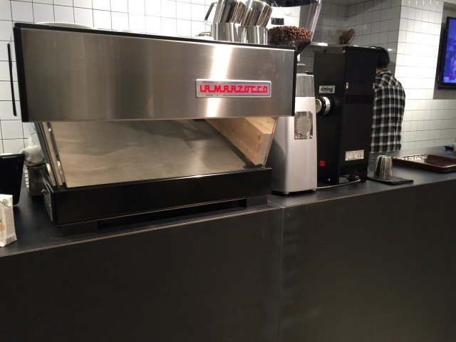 le cafe du jour_espressomachine