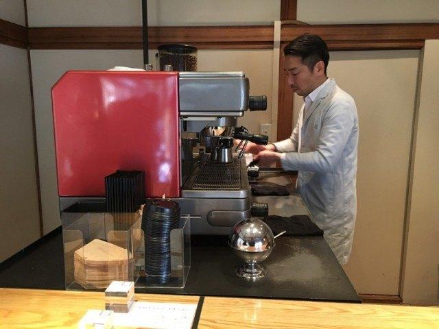 OMOTESANDO KOFFEE_machine