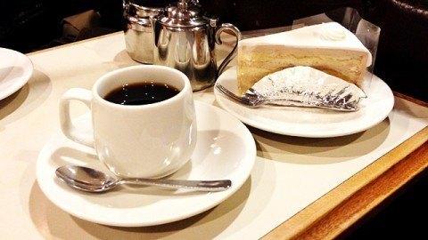名曲・珈琲新宿らんぶる_コーヒーとケーキ