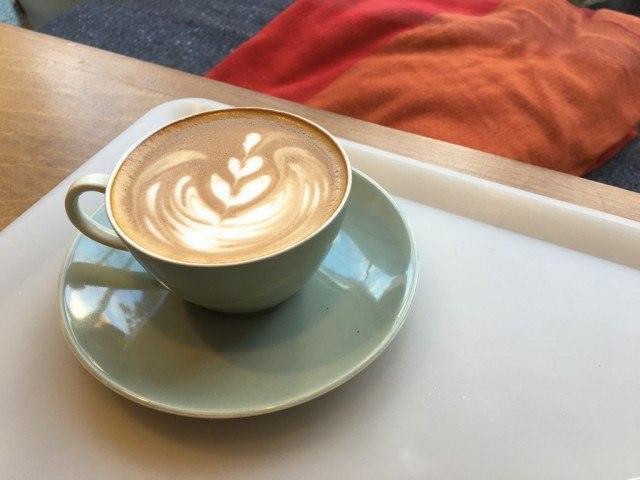 sunday bake shop_latte