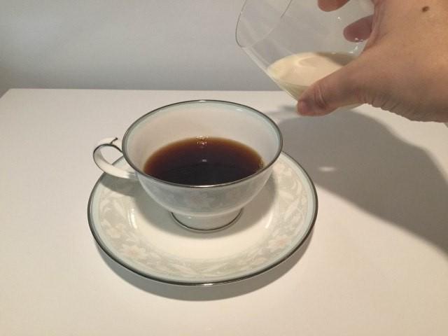 3.豆乳をそそぐ