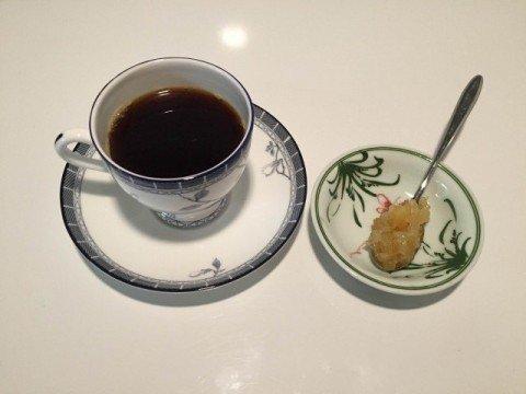 4レモンピールとコーヒー