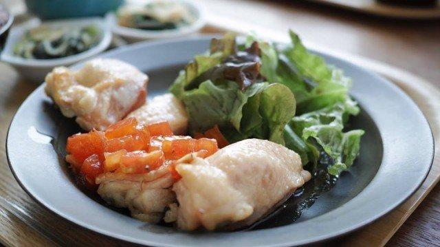 CAFE634_chicken