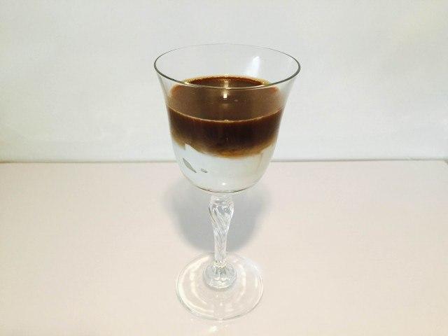 杏仁ミルクコーヒーできあがり