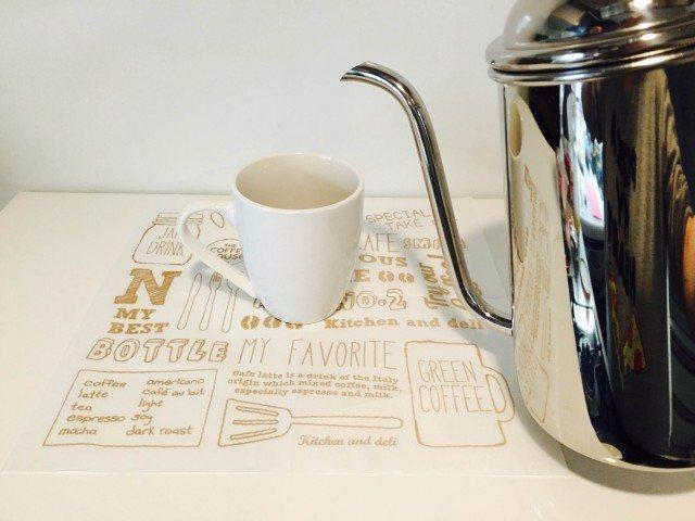チロルチョココーヒーコーヒーを淹れる