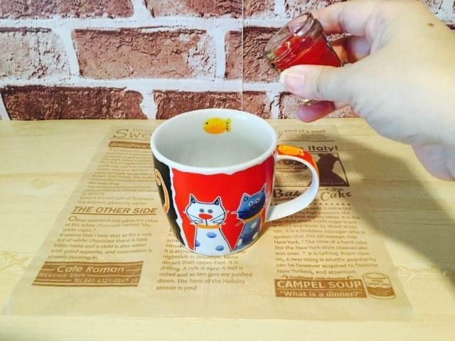 トマトコーヒー_ホールトマトを入れる