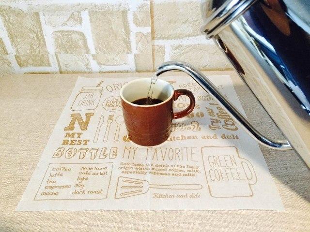 カルダモンアイスコーヒー_コーヒーを淹れる