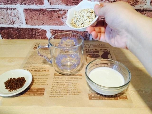 オートミールコーヒー_オーツ麦を入れる