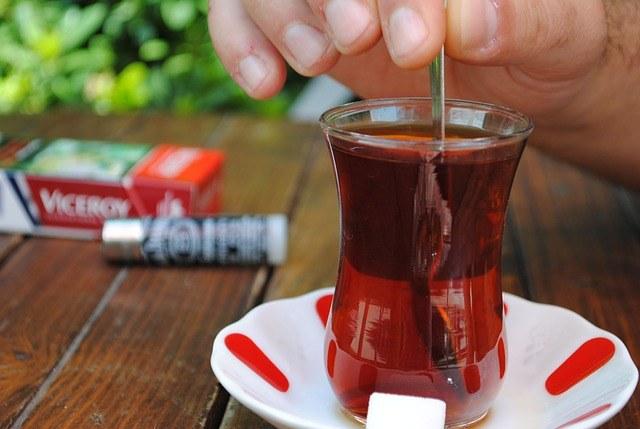 実は知らないトルコ・コーヒーの事実_チャイ