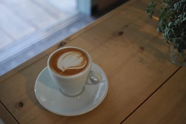 CRAZY CAFE BLANK_frat white