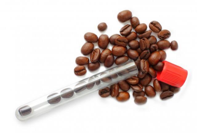 【デカフェのカフェイン除去方法】有機溶媒抽出とは