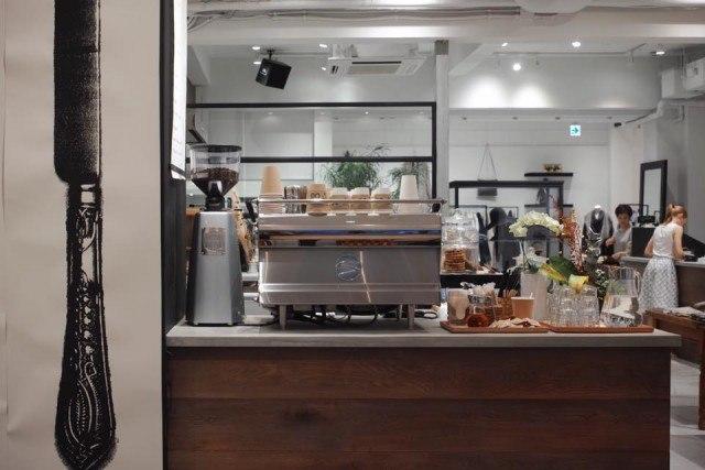 jaho-coffee-at-plain-people_espresso-machine