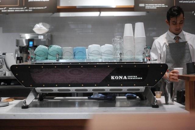 kona-coffee-purveyors_espresso-machine