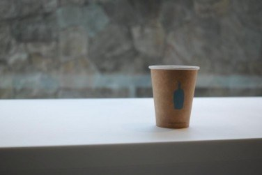 BLUE BOTTLE COFFEE 六本木カフェ