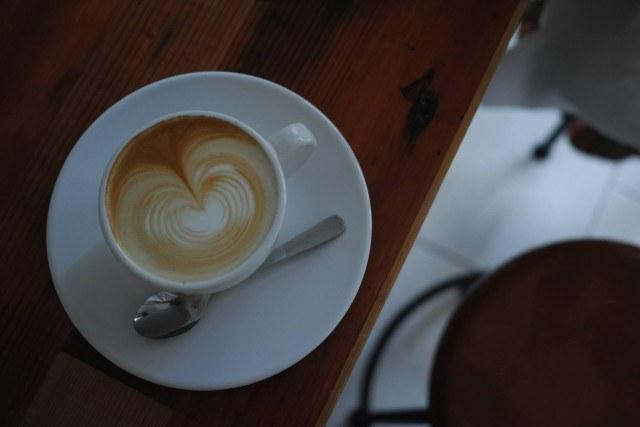 all-seasons-coffee_cafe-latte