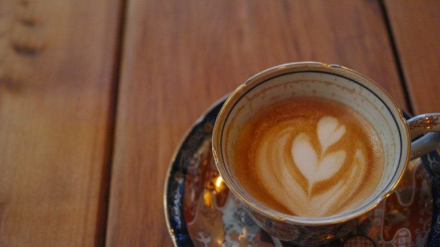from-afar-倉庫01_cafe-latte