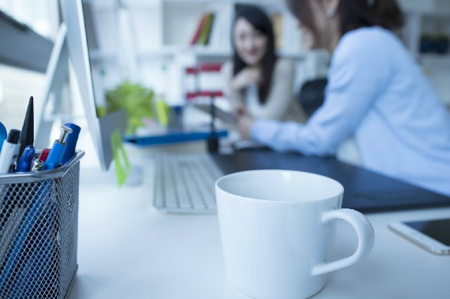 うわさ コーヒーカップ オフィス