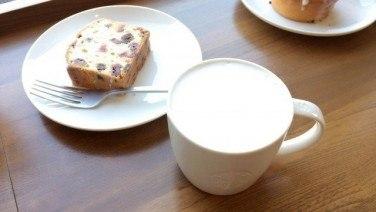 スタバのディカフェメニュー「スチームミルク」を飲んでみた