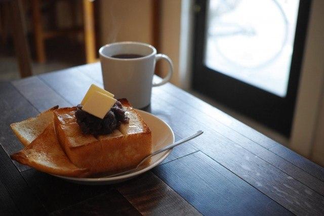 1-room-coffee_あんバタートースト