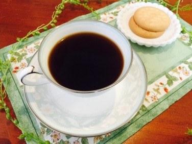 カフェインレスアメリカーノの作り方【デカフェのレシピ】