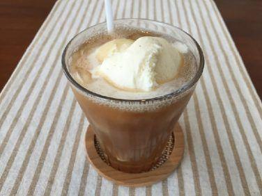 コーヒーソーダフロートの作り方【フレーバーコーヒーのレシピ】