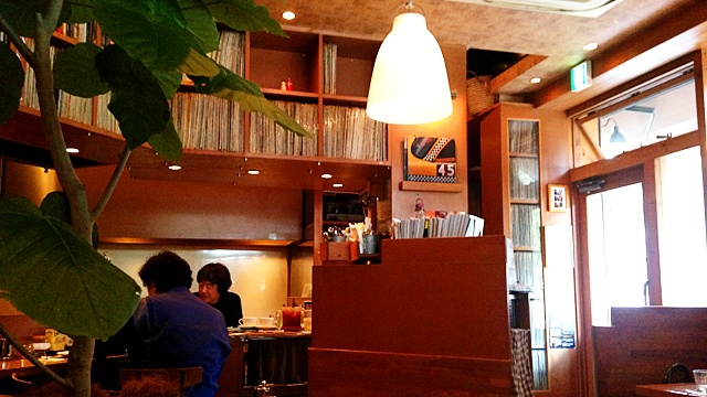 JAZZ COFFEEYURI 店内1