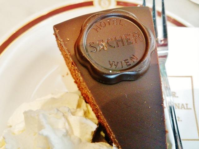 【ウィーン(オーストリア)】元祖ザッハトルテ「Cafe Sacher」