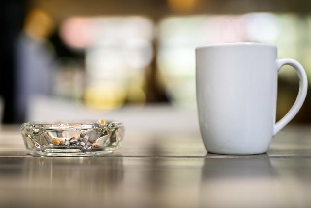 コーヒーとタバコ_ニコチンとカフェイン