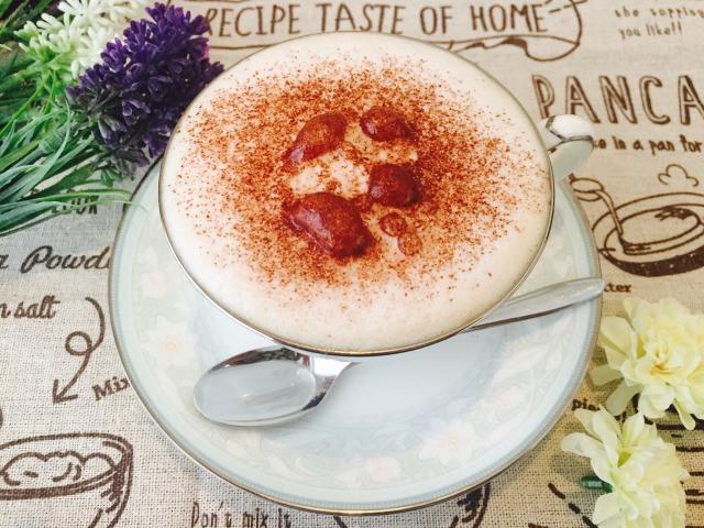 フォームドミルクチョコレートコーヒーの作り方【フレーバーコーヒーのレシピ】