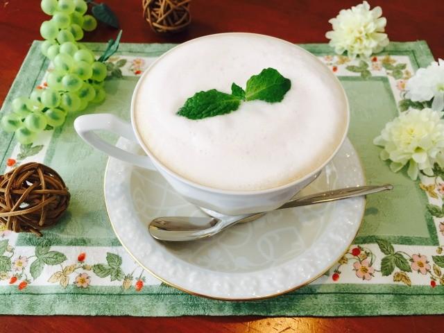 フォームドいちごミルクコーヒーの作り方【フォームドミルクのレシピ】