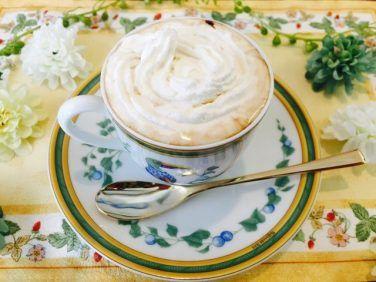 ウィンナーコーヒーの飲み方【世界のコーヒー:オーストリア】