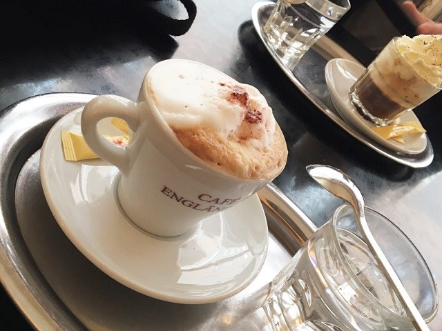 カフェ メランジュ