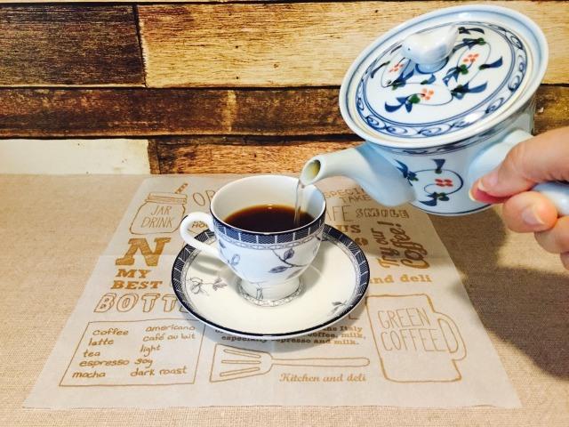 カフェインレス黒豆コーヒー_黒豆茶を入れる