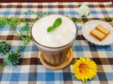 フォームドココナッツミルクコーヒーの作り方【フォームドミルクのレシピ】